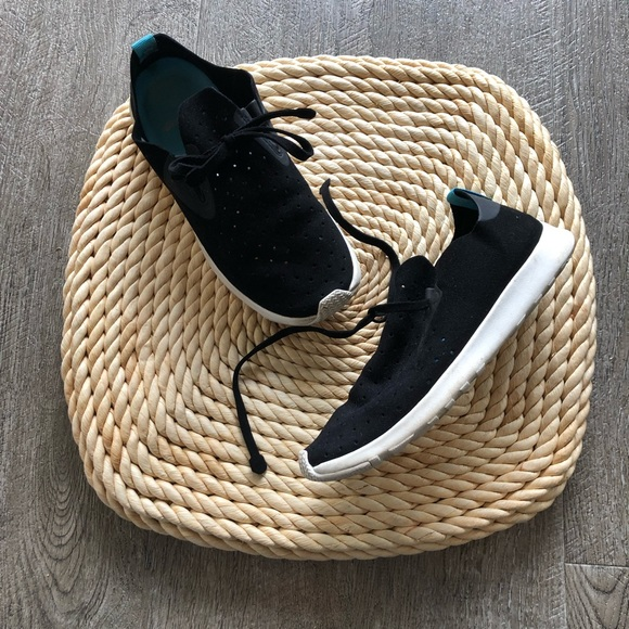 Native Shoes - Native black perforated sneaker